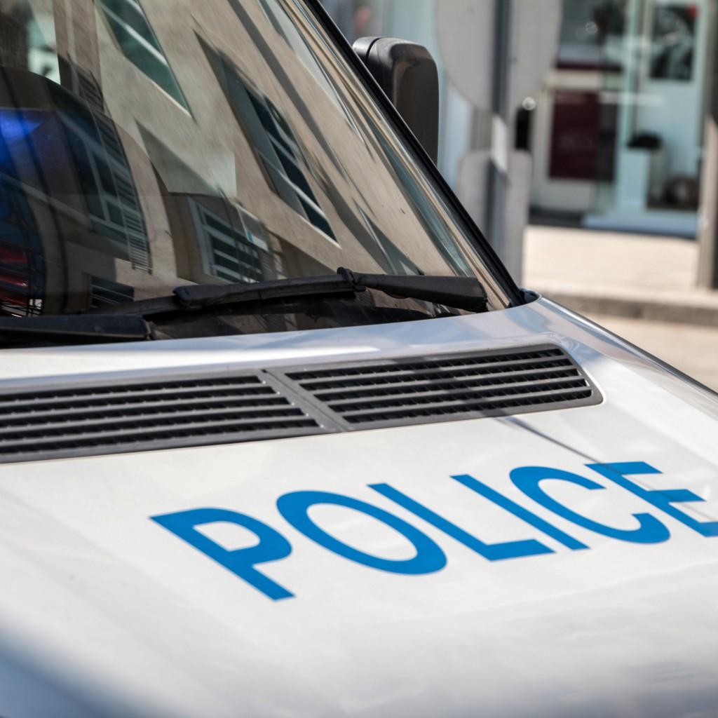Кола падна в река Места, шофьорът загина