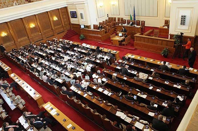 Законова поправка реже в пъти 37 000 пенсии за тази година