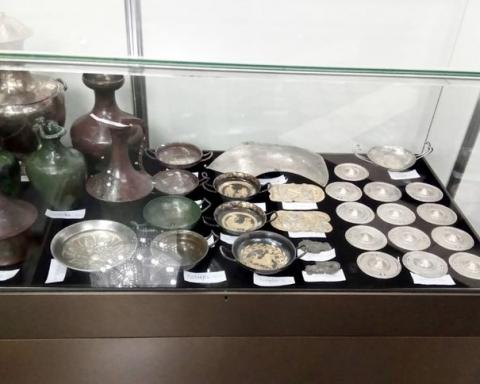 Божков откупил на свободния пазар антики от запорираната си колекция
